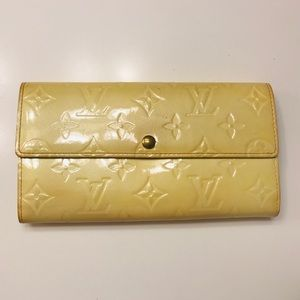 LOUIS VUITTON Vernis Sarah Long Wallet w bag
